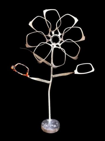 sculptures arbre lunettes art